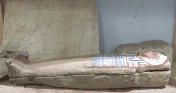 Раскопки в городе Сахара